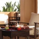 une terrasse avec vue sur le palmeraie